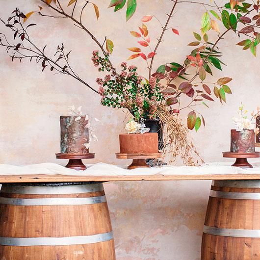Chestnut Top Vineyard Table