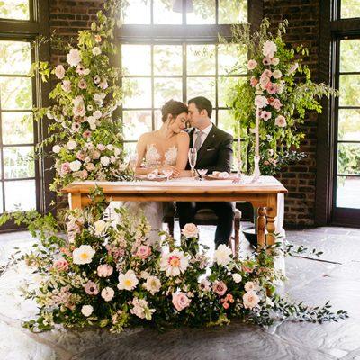 Romantic - Table Chair