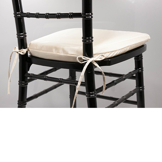 Shell Beige Chiavari Cushion