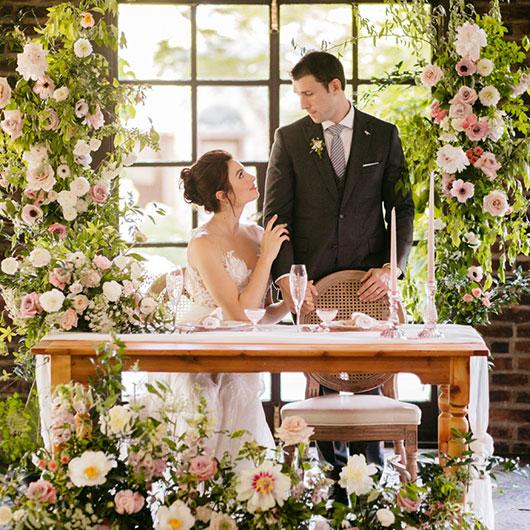 Sweetheart farm house table