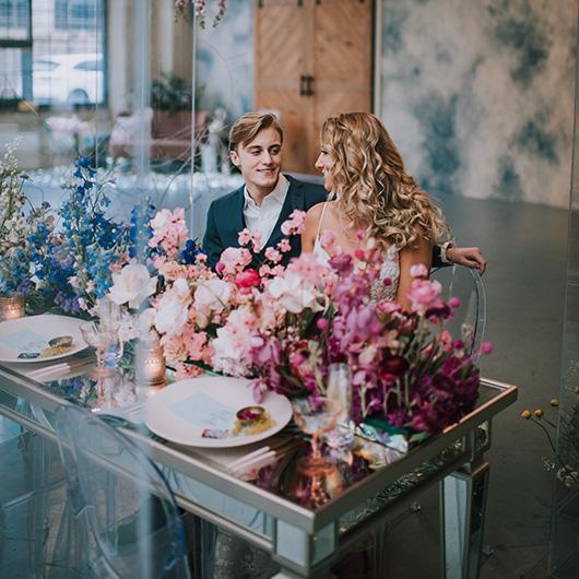 Sweetheart Mirror Table